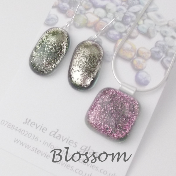 Blossom dichroic glass large jewellery set by Stevie Davies