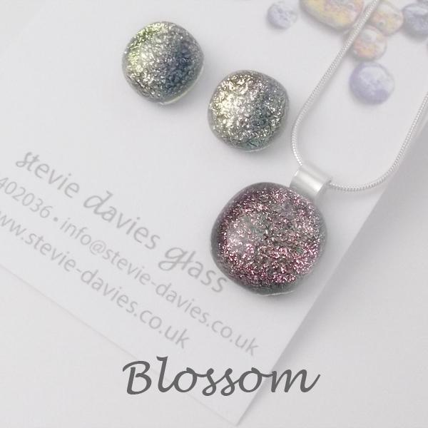 Blossom dichroic glass medium jewellery set by Stevie Davies