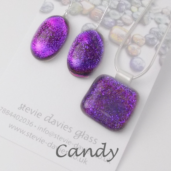 Candy dichroic glass large jewellery set by Stevie Davies
