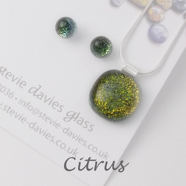 Citrus dichroic glass small jewellery set by Stevie Davies