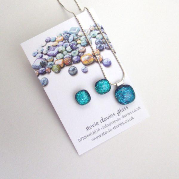 Medium size dichroic glass jewellery set from Stevie Davies