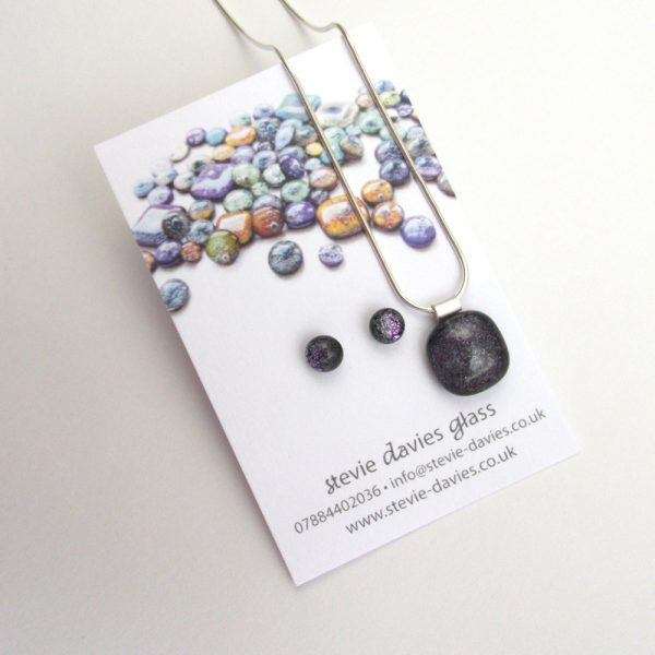 Small size dichroic glass jewellery set from Stevie Davies