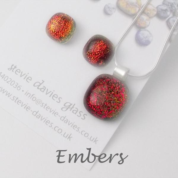 EMbers dichroic glass medium jewellery set by Stevie Davies