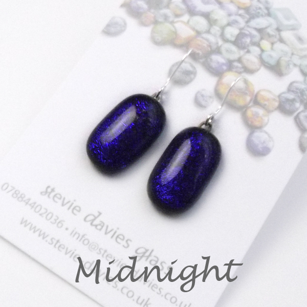 Midnight medium drop earrings by Stevie Davies