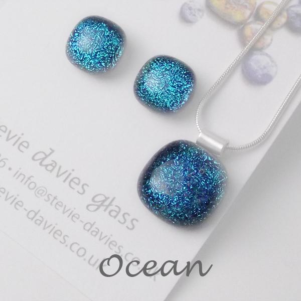 Ocean dichroic glass medium jewellery set by Stevie Davies
