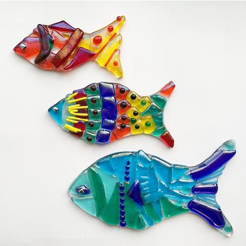 Stevie Davies Glass kits rainbow multicoloured fish